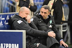 10.11.2012, Veltins Arena, Gelsenkirchen, GER, 1. FBL, Schalke 04 vs SV Werder Bremen, 11. Runde, im Bild V.l.n.r. Trainer Thomas Schaaf im Dialog mit Manager Klaus Allofs ( beide SV Werder Bremen/ Portrait ), 10.11.2012, 1. Liga, 11. Spieltag, Gelsenkirchen, Nutzungshinweis: EIBNER-PRESSEFOTO Tel: 0172 837 4655. EXPA Pictures © 2012, PhotoCredit: EXPA/ Eibner/ Thomas Thienel..***** ATTENTION - OUT OF GER *****