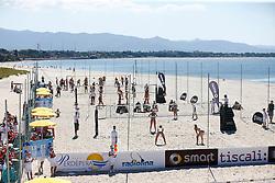 20140603 ITA: EK Beachvolleybal, Cagliari<br /> Overview van de bijvelden naast het centre court, Poetto di Quartu Sant'Elena<br /> ©2014-FotoHoogendoorn.nl / Pim Waslander