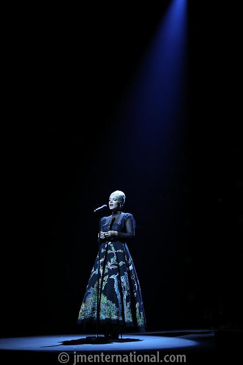 Lily Allen performing spotlight