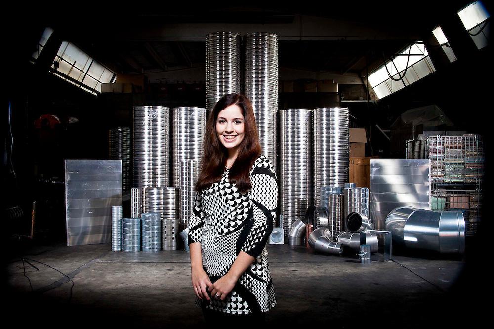 La famiglia Moro, proprietaria dell'azienda Spiralo, specializzata nella produzione di tubi in differenti metalli. Nella fotografia Silvia Moro.