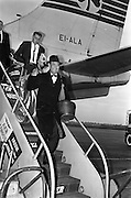 24/10/1962<br /> 10/24/1962<br /> 24 October 1962<br /> Mr John Bowles, President of Rexall Drugs, Los Angeles, arriving at Dublin Airport.