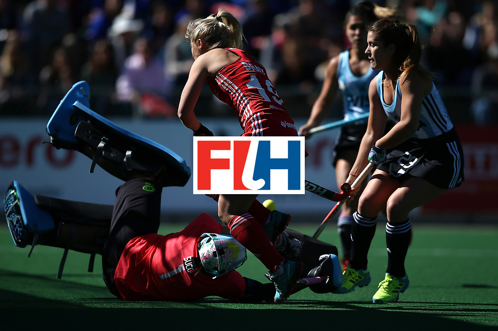 JOHANNESBURG, SOUTH AFRICA - JULY 23:  Sophie Bray of England scores the opening goal during day 9 of the FIH Hockey World League Women's Semi Finals 3rd/ 4t place match between England and Argentina at Wits University on July 23, 2017 in Johannesburg, South Africa.  (Photo by Jan Kruger/Getty Images for FIH)