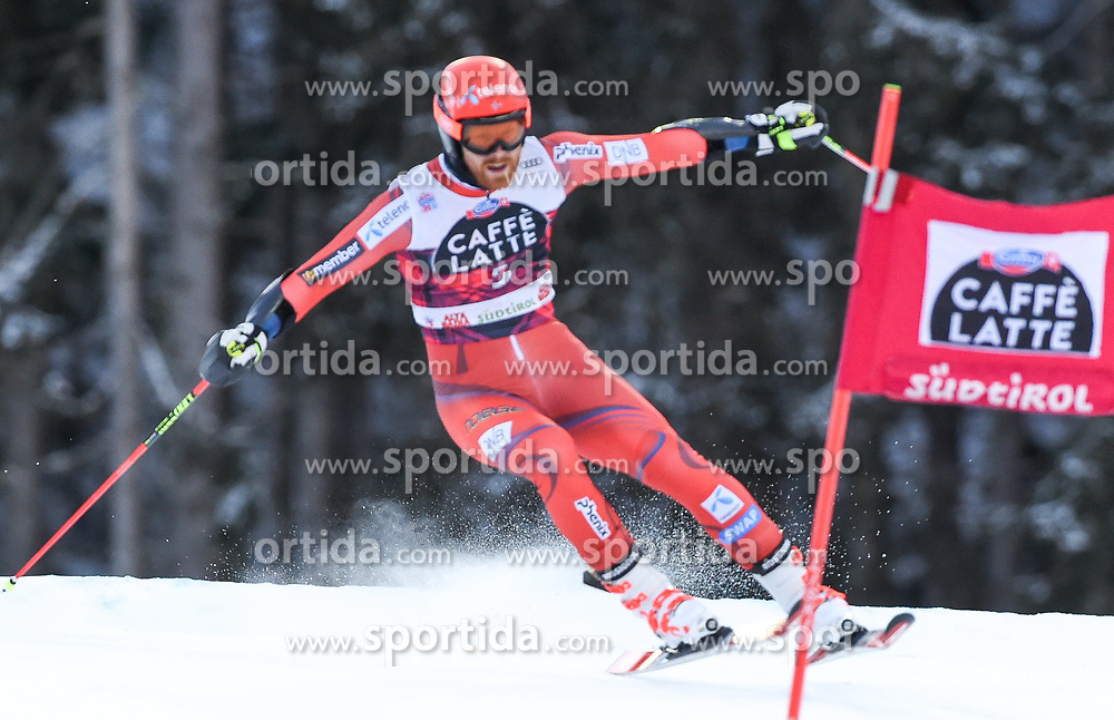 17.12.2017, Grand Risa, La Villa, ITA, FIS Weltcup Ski Alpin, Alta Badia, Riesenslalom, Herren, 1. Lauf, im Bild Leif Kristian Nestvold-Haugen (NOR) // Leif Kristian Nestvold-Haugen of Norway in action during his 1st run of men's Giant Slalom of FIS ski alpine world cup at the Grand Risa in La Villa, Italy on 2017/12/17. EXPA Pictures © 2017, PhotoCredit: EXPA/ Erich Spiess