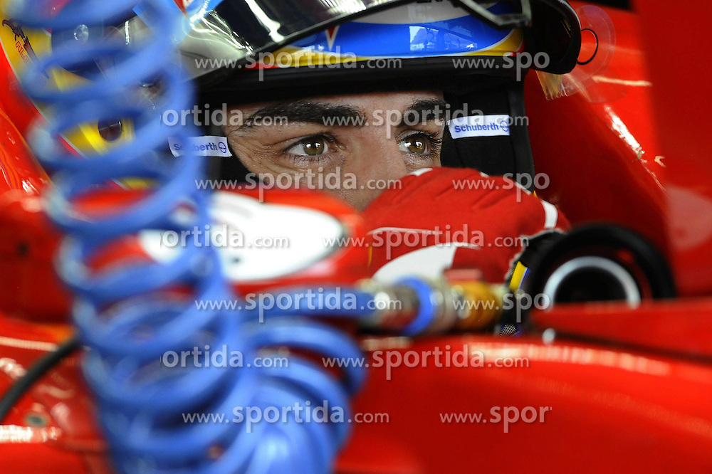 25.11.2011 Autodromo Jose Carlos Pace, Sao Paulo, BRA, F1 Grosser Preis von Brasilien, im Bild Fernando Alonso (ESP), Scuderia Ferrari // during the Formula One Championships 2011 Large price of Abu Dhabi held at the Yas-Marina-Circuit, 2011/11/12. EXPA Pictures © 2011, PhotoCredit: EXPA/ nph/ Dieter Mathis..***** ATTENTION - OUT OF GER, CRO *****