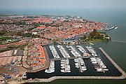 Nederland, Noord-Holland, Waterland, 28-04-2010; Volendam met Marinapark Volendam, vakantiepark en jachthaven.luchtfoto (toeslag), aerial photo (additional fee required).foto/photo Siebe Swart