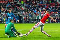 ALKMAAR - 08-12-2016, AZ - FC Zenit, AFAS Stadion, FC Zenit speler Yuri Lodygin, AZ speler Wout Weghorst