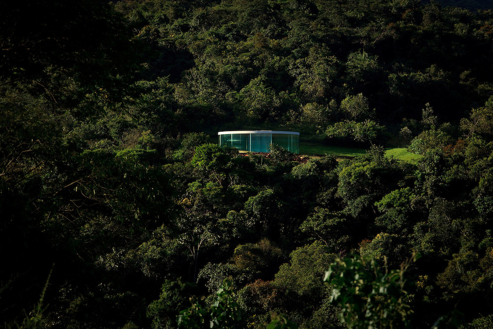 Brumadinho_MG, Brasil...Centro de Arte Contemporanea Inhotim (CACI). Na foto a galeria e obra Sound Pavilion, de Doug Aitken...The Inhotim Contemporary Art Center (CACI). In this photo the gallery and the art Sound Pavilion, of Doug Aitken...Foto: BRUNO MAGALHAES / NITRO