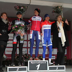 Three Olympic Champions in Appingedam. Clara Hughes (5000m Speedskating Torino). Kirsten Armstrong (Time Trail Bejing) and Marianne Vos (Pointsrace track Bejing)