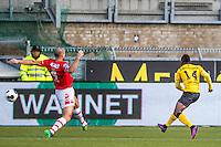 KERKRADE - 20-11-2016, Roda JC - AZ, Park Stad Limburg Stadion, Roda JC speler Abdul Ajagun scoort hier de 1-0, AZ speler Ron Vlaar