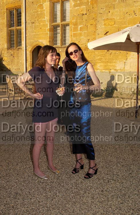 Iris Palmer and Bettina von Hase. Mollie Dent-Brocklehurst and Vanity Fair host  the opening of 'Vertigo'  a mixed art exhibition at Sudeley Castle. Winchombe, Gloucestershire. 18 June 2005. ONE TIME USE ONLY - DO NOT ARCHIVE  © Copyright Photograph by Dafydd Jones 66 Stockwell Park Rd. London SW9 0DA Tel 020 7733 0108 www.dafjones.com