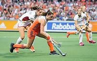 AMSTELVEEN - Lidewij Welten (Ned)  tijdens  de gewonnen  damesfinale Nederland-Belgie bij de Rabo EuroHockey Championships 2017.   COPYRIGHT KOEN SUYK