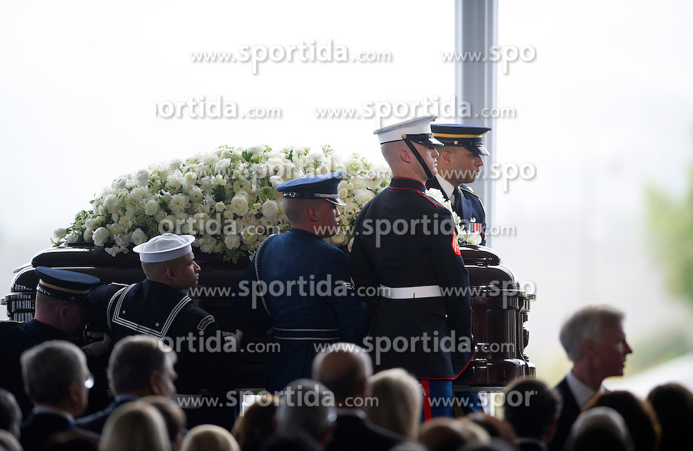 Guards of honor carry the casket of former U.S. First Lady Nancy Reagan at the Ronald Reagan Presidential Library in Simi Valley, California, March 11, 2016. Nancy Reagan's funeral was held here on Friday morning. She died of heart failure last Sunday at the age of 94. EXPA Pictures &copy; 2016, PhotoCredit: EXPA/ Photoshot/ Yang Lei<br /> <br /> *****ATTENTION - for AUT, SLO, CRO, SRB, BIH, MAZ, SUI only*****
