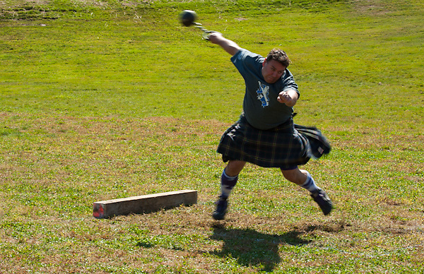 New Hampshire Highland Games, Loon Mountain Resort, Lincoln, New Hampshire. Scottish Heavy Athletes. All Content is Copyright of Kathie Fife Photography. Downloading, copying and using images without permission is a violation of Copyright.