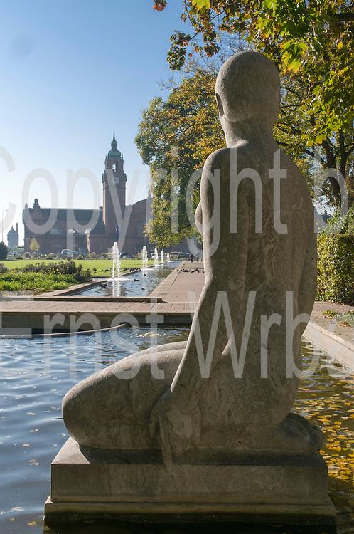 Skulptur, Reisinger Anlagen, Hauptbahnhof, Wiesbaden, Hessen, Deutschland | sculpture, Reisinger gardens, Wiesbaden, Hesse, Germany