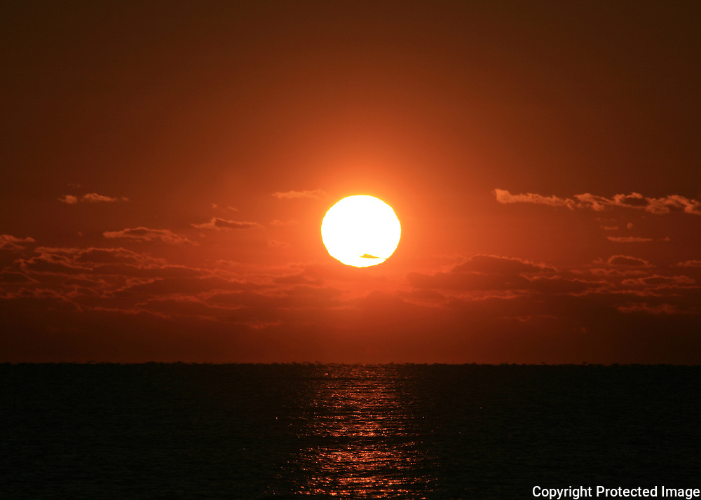 Morning Jekyll Island sun, fireball in the sky