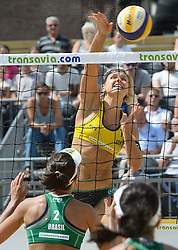 17-07-2014 NED: FIVB Grand Slam Beach Volleybal, Apeldoorn<br /> Poule fase groep G vrouwen - Laura Ludwig (1) GER