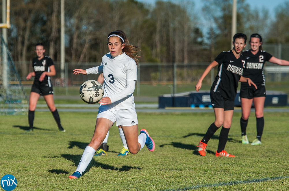 Hickory Ridge's Emma Wakeman (3) moves the ball against Jay M. Robinson Friday night at Hickory Ridge High School in Harrisburg. The game ended in a 2-2 draw after double overtime.