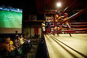 Thailandia , Phi Phi Island, kick boxing