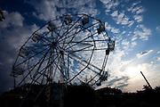 Belo Horizonte_MG, Brasil...Silhueta da roda gigante no Parque Guanabara em Belo Horizonte...The ferris wheel silhouette of Guanabara Park in Belo Horizonte...Foto: LEO DRUMOND / NITRO