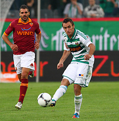 17.07.2012, Gerhard Hanappi Stadion, Wien, AUT, Testspiel, SK Rapid Wien vs AS Roma, im Bild Steffen Hofmann, (SK Rapid Wien, #11) // during Test Match, between SK Rapid Vienna and AS Roma at the Gerhard Hanappi Stadion, Vienna, Austria on 2012/07/17. EXPA Pictures © 2012, PhotoCredit: EXPA/ Thomas Haumer