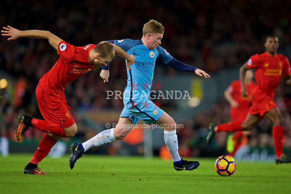 LIVERPOOL, ENGLAND - Saturday, December 31, 2016: Liverpool's Ragnar Klavan and Manchester City's Kevin De Bruyne in action against Liverpool during the FA Premier League match at Anfield. (Pic by David Rawcliffe/Propaganda)