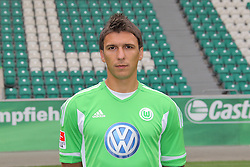 12.07.2011, Volkswagen Arena, Wolfsburg, GER, 1.FBL,  VfL Wolfsburg, Spielervorstellung im Bild  Mario Mandzukic #18 Spieler beim VfL Wolfsburg in der Saison 2011/2012 // during the player praesentation in Wolfsburg 2011/07/12.     EXPA Pictures © 2011, PhotoCredit: EXPA/ nph/  Rust       ****** out of GER / CRO  / BEL ******