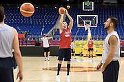 DESCRIZIONE: Berlino EuroBasket 2015 - Allenamento<br /> GIOCATORE:Danilo Gallinari<br /> CATEGORIA: Allenamento<br /> SQUADRA: Italia Italy<br /> EVENTO:  EuroBasket 2015 <br /> GARA: Berlino EuroBasket 2015 - Allenamento<br /> DATA: 08-09-2015<br /> SPORT: Pallacanestro<br /> AUTORE: Agenzia Ciamillo-Castoria/I.Mancini<br /> GALLERIA: FIP Nazionali 2015<br /> FOTONOTIZIA: Berlino EuroBasket 2015 - Allenamento