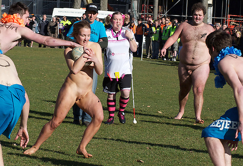 Nude rugby girl