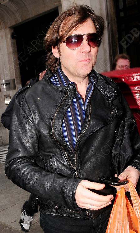 31.JAN.2009 - LONDON<br /> <br /> JONATHAN ROSS LEAVING BBC RADIO 2 AFTER HOSTING HIS CONTRAVERSIAL SATURDAY MORNING SHOW.<br /> <br /> BYLINE MUST READ : EDBIMAGEARCHIVE.COM<br /> <br /> *THIS IMAGE IS STRICTLY FOR UK NEWSPAPERS &amp; MAGAZINES ONLY* <br /> *FOR WORLDWIDE SALES OR WEB USE PLEASE CONTACT EDBIMAGEARCHIVE ON 0208 954 5968*