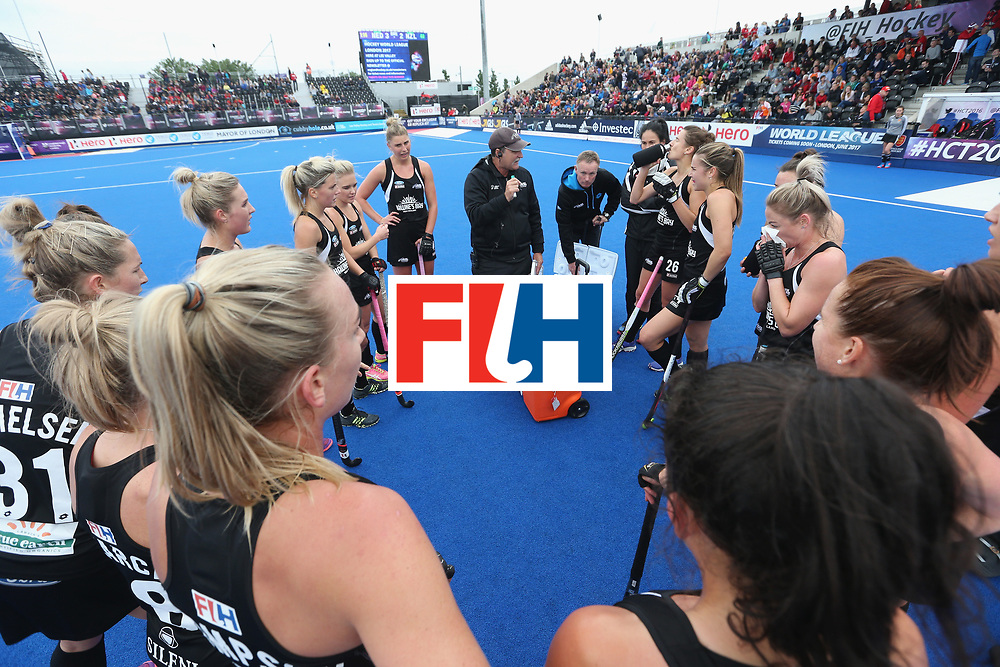 LONDON, ENGLAND - JUNE 18:  New Zealand coach Mark Hager taks to his team at the third break during the FIH Women's Hockey Champions Trophy match between Netherlands and New Zealand at Queen Elizabeth Olympic Park on June 18, 2016 in London, England.  (Photo by Alex Morton/Getty Images)