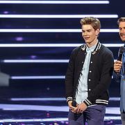 NLD/Amsterdam20160518 - 1e Liveshow Idols 5 2016, Steve Langreder en Ruben Nicolai