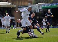 Photo: Tony Oudot/Richard Lane Photography. <br /> Southend United v Swansea City. Coca-Cola League One. 21/03/2008. <br /> Darren Pratley of Swansea goes through the Southend defence