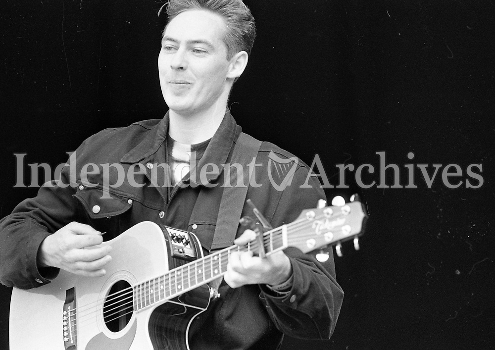 Acts on stage at the Feile Festival in Thurles, Tipperary, 30/07/1993 (Part of the Independent Newspapers Ireland/NLI Collection).