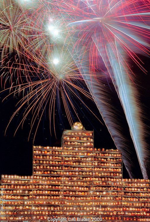 Fireworks celebrate 2000 World Record for Jack o Lanterns, Railroad Square Tower, Keene Pumpkin Festival