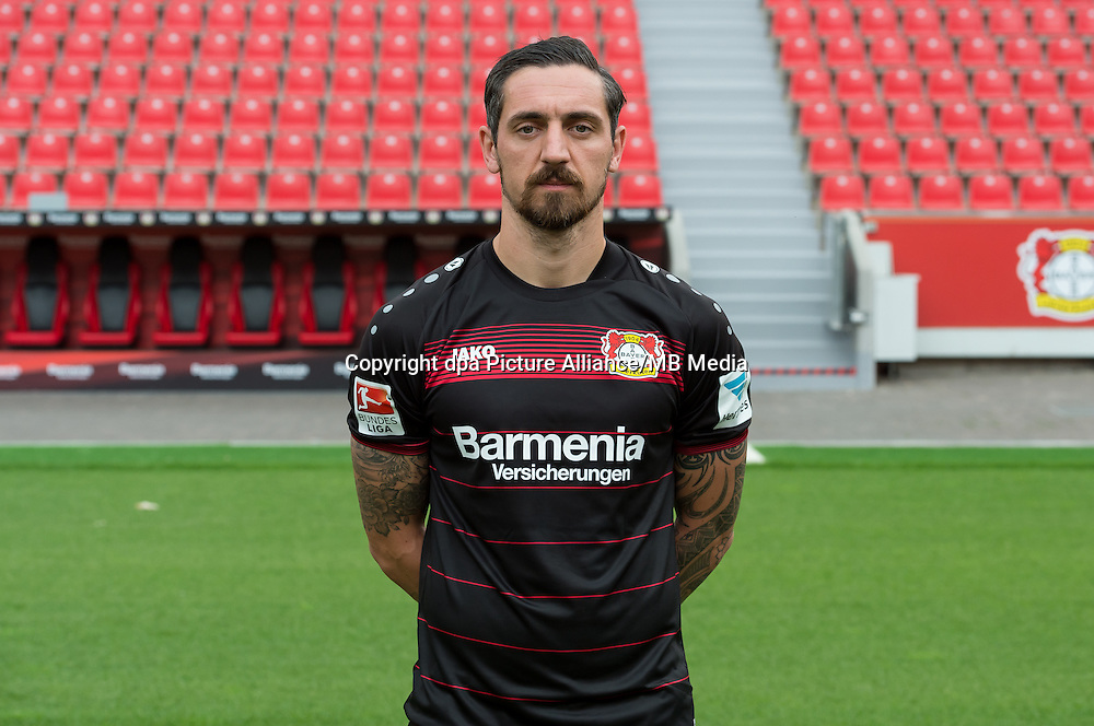 German Bundesliga - Season 2016/17 - Photocall Bayer 04 Leverkusen on 25 July 2016 in Leverkusen, Germany: Roberto Hilbert. Photo: Guido Kirchner/dpa | usage worldwide