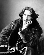 Oscar Fingal O'Flahertie Wills Wilde (16 October 1854 – 30 November 1900) was an Irish writer, poet, and prominent aesthete. Photograph taken in 1882 by Napoleon Sarony