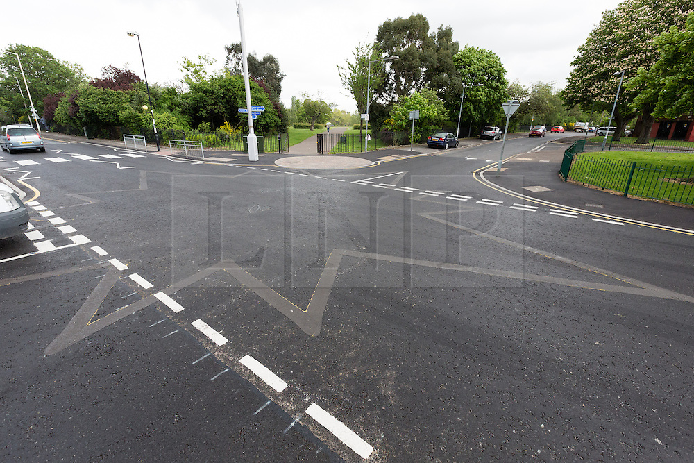 © Licensed to London News Pictures. 07/05/2014. Dagenham, Essex, UK. A new yellow star road marking at the junction of Gale Street, Rugby Road and Ivy House Road in Dagenham, Essex has been removed overnight and replaced with conventional junction road markings. The unusual 12 pointed star road marking appeared during the May Day bank holiday weekend in the Porters Lodge neighbourhood in Dagenham as part of an initiative to improve safety and slow traffic. The star road marking does not feature in the Highway code and has confused many road users and residents. The work was funded as a community project by Transport for London through the Barking and Dagenham Council's Local Implementation funding programme. Photo credit : Vickie Flores/LNP.