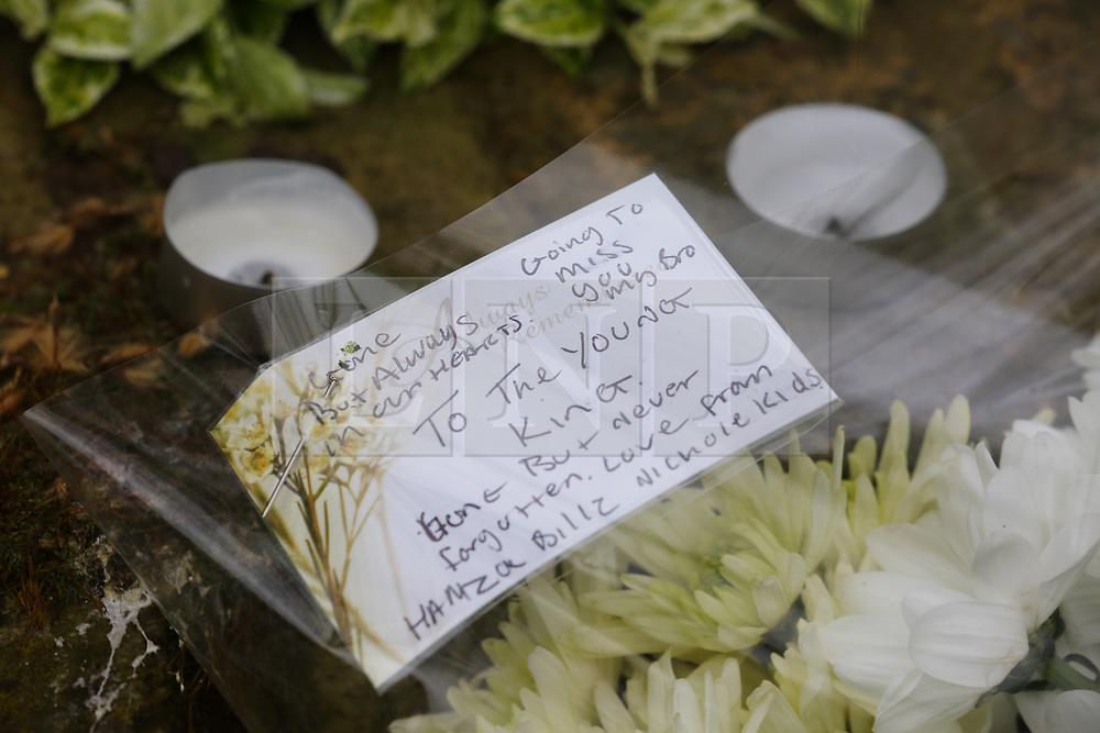 © Licensed to London News Pictures. 02/04/2019. London, UK. Floral tribute and a message by a member of public left on Grafton Road, junction with Vicars Road in Kentish Town, north west London where a man in his 20s was found stabbed around 8.30pm on Monday 1 April 2019. He was pronounced dead at the scene. Photo credit: Dinendra Haria/LNP