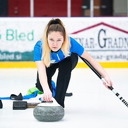 20191124: SLO, Curling - Slovenian Youth Women National team at practice session