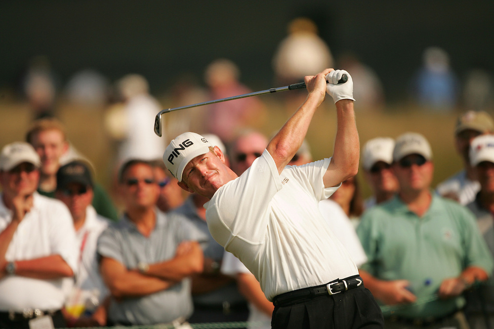 Jeff Maggert.2004 U.S. Open Championship.Shinnecock Hills CC.Southampton, NY.Second Round.Friday, June 18, 2004..photograph by Darren Carroll