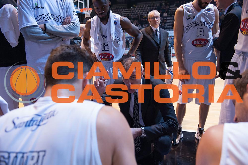 DESCRIZIONE : Caserta Lega A 2015-16 Pasta Reggia Caserta Banco di Sardegna Sassari<br /> GIOCATORE : Sandro Dell'Agnello<br /> CATEGORIA : allenatore coach time out<br /> SQUADRA : Pasta Reggia Caserta<br /> EVENTO : Campionato Lega A 2015-2016<br /> GARA : Pasta Reggia Caserta Banco di Sardegna Sassari<br /> DATA : 13/12/2015<br /> SPORT : Pallacanestro <br /> AUTORE : Agenzia Ciamillo-Castoria/G.Masi<br /> Galleria : Lega Basket A 2015-2016<br /> Fotonotizia : Caserta Lega A 2015-16 Pasta Reggia Caserta Banco di Sardegna Sassari