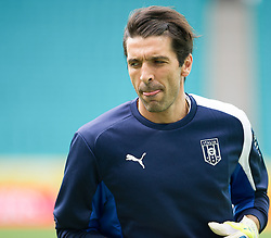21.06.2013, Arena Fonte Nova, Salvador da Bahia, BRA, FIFA Confed Cup, Italien Training, im Bild  Buffon  during the FIFA Confederations Cup Training of Team Italy at the Arena Fonte Nova, Salvador da Bahia, Brazil on 2013/06/21. EXPA Pictures © 2013, PhotoCredit: EXPA/ Marcelo Machado
