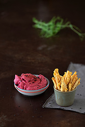 Beetroot Hummus with Dehydrated Apple Fries