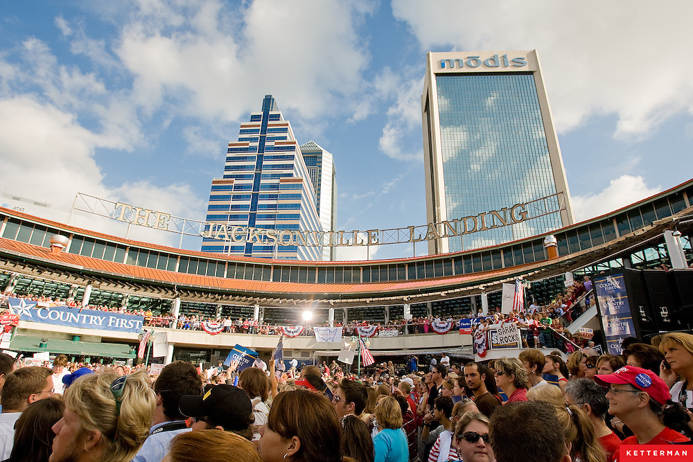 Sarah Palin spoke in Jacksonville, Florida on the morning of October 7th, 2008 at the Jacksonville Landing.  She was here on the Road To Victory campaign, with less than a month until voters decide between McCain and Palin or Obama and Biden.