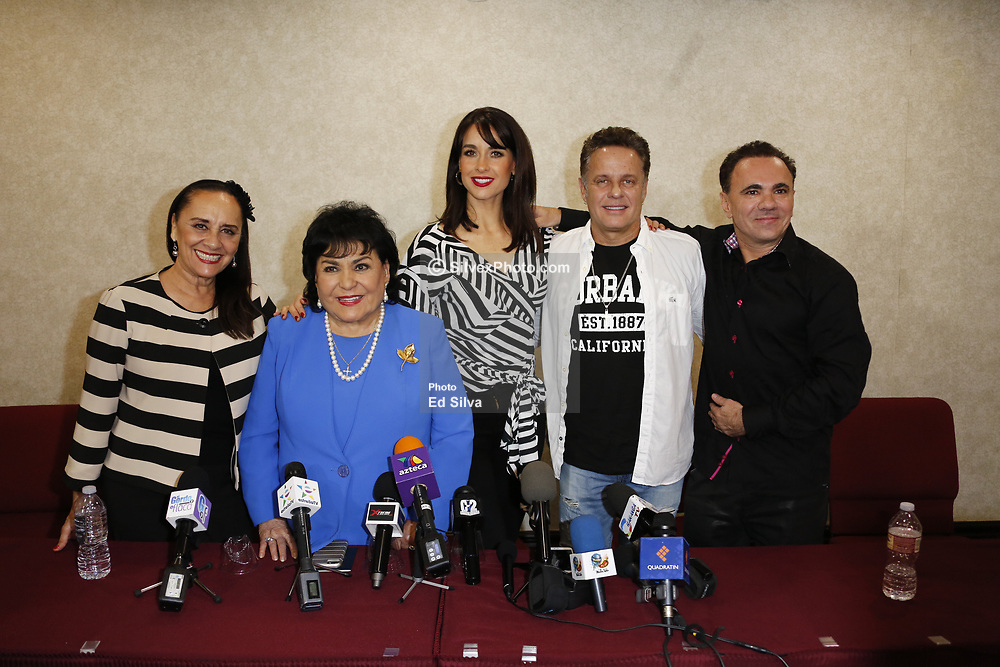 "BURBANK, CA - JUNE 1: Aventurera Cast (L-R) Payin Cejudo, Carmen Salinas, Susana Gonzalez, Alxis Ayala and Enrique Quiroz attend Aventurera USA Press Conference at The Holiday Inn Burbank Media Center to promote the Mexican Theater Play ""Aventurera USA"", in Burbank, California USA. 2017 June 2. Byline, credit, TV usage, web usage or linkback must read SILVEXPHOTO.COM. Failure to byline correctly will incur double the agreed fee. Tel: +1 714 504 6870."
