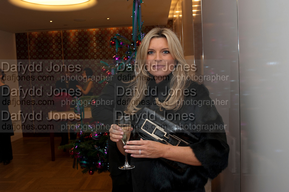 TINA HOBLEY, INTERIORS BY YOO BOOK LAUNCH,  First design book by Yoo and its stable of prolific designers; Philippe Starck, Marcel Wanders, Jade Jagger and Kelly Hoppen. Selfridges Personal Shopping dept. Selfridges. 3 December 2009.