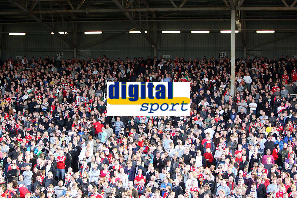 The travelling kop at Fulham<br /> F.A. Barclays Premiership. Fulham v Liverpool. 31.10.09<br /> Photo By Karl Winter Fotosports International