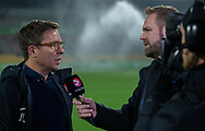 Sportschef Jan Laursen (FC Nordsjælland) interviewes af Joachim Boldsen før kampen i 3F Superligaen mellem FC Nordsjælland og Randers FC den 22. november 2019 i Right to Dream Park (Foto: Claus Birch).