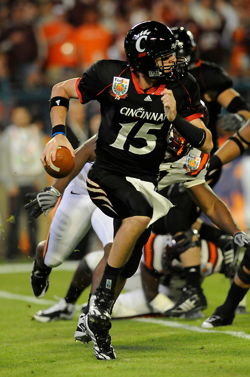 January 1, 2009: Tony Pike of the Cincinnati Bearcats in action during the NCAA football game between the Virginia Tech Hokies and the Cincinnati Bearcats in the Orange Bowl Classic. The Hokies defeated the Bearcats 20-7.