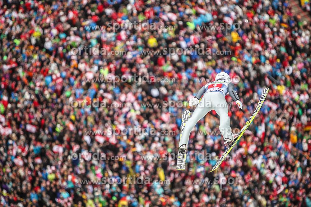 04.01.2014, Bergisel Schanze, Innsbruck, AUT, FIS Ski Sprung Weltcup, 62. Vierschanzentournee, Innsbruck, Bewerb, im Bild Marinus Kraus (GER) // Marinus Kraus (GER) during Competition of 62nd Four Hills Tournament of FIS Ski Jumping World Cup at the Bergisel Schanze in Innsbruck, Austria on 2014/01/04. EXPA Pictures © 2014, PhotoCredit: EXPA/ JFK